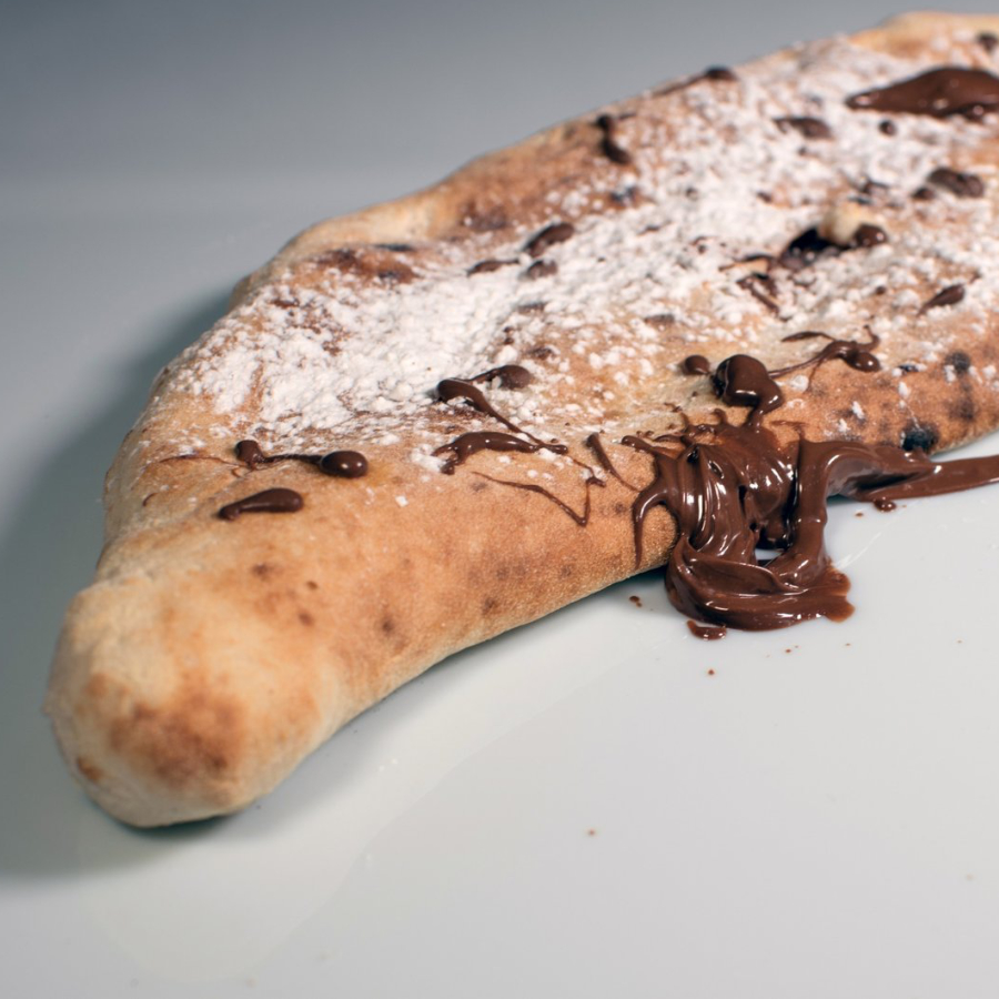 Hazelnut cream and Truffle pizza