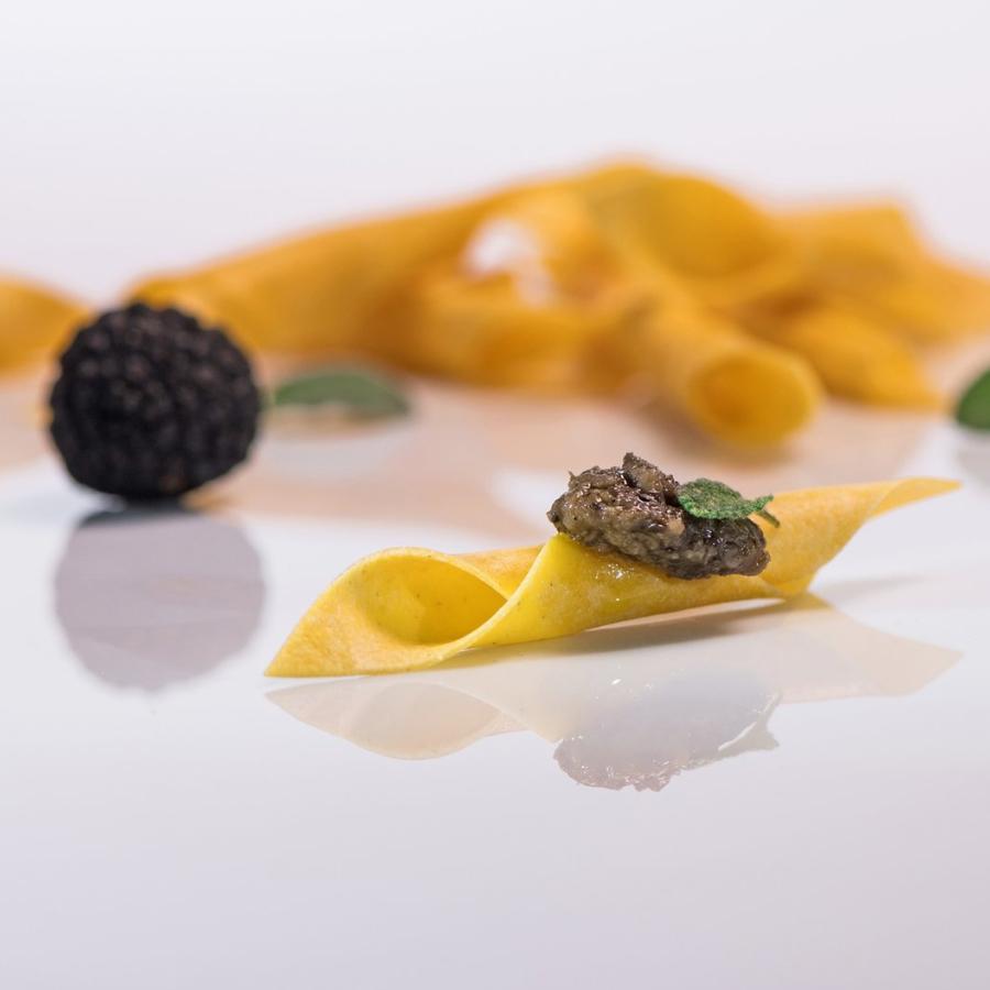 Istrian pasta (_fuži_) with Tartufata