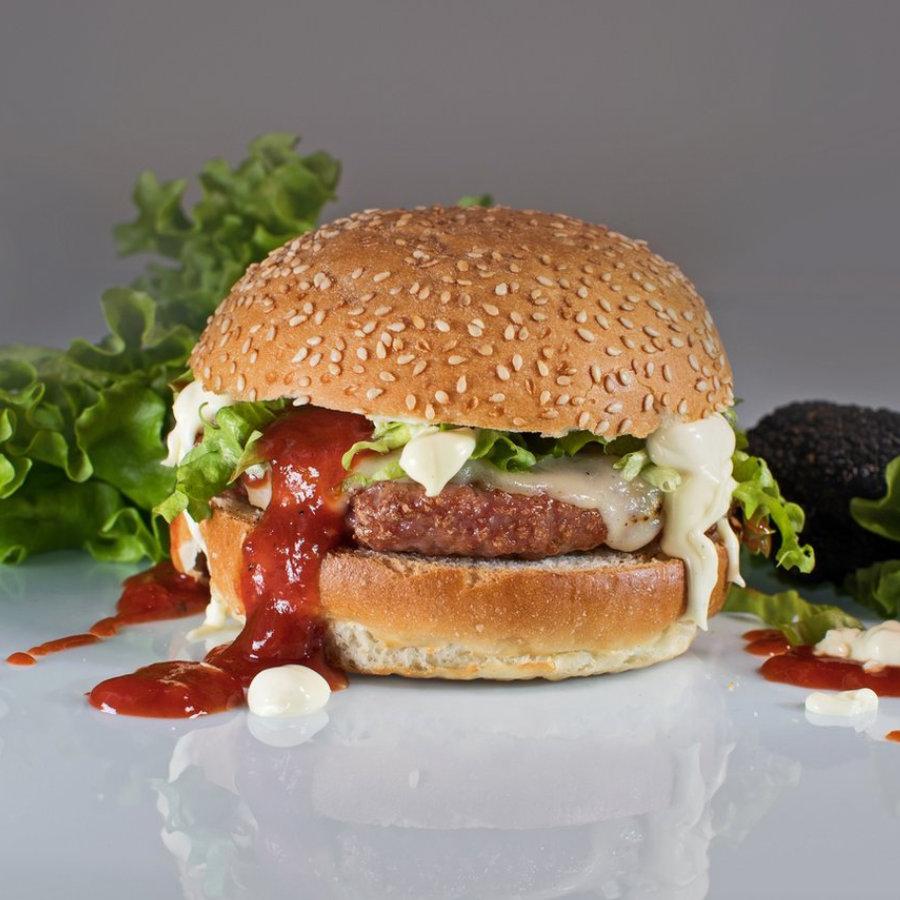 Burger with Truffle Mayonnaise and Ketchup